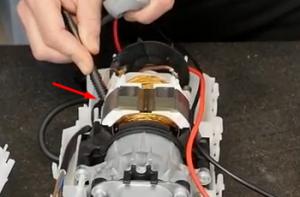 Problèmes électriques sur un nettoyeur haute pression Karcher - Tester le moteur 2