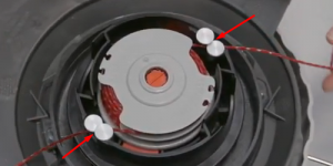 Remplacer la bobine et le fil de votre coupe-bordures Flymo
